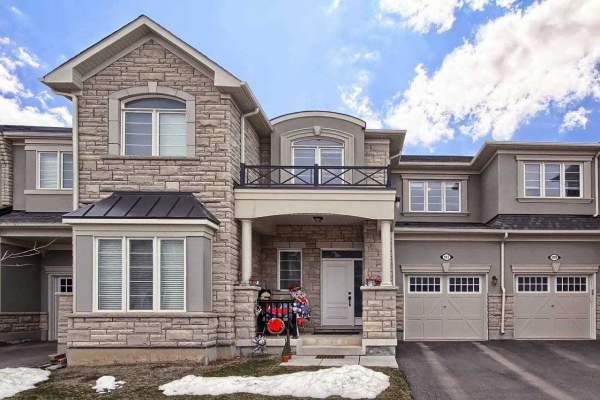 107 Orchardcroft Rd, Oakville