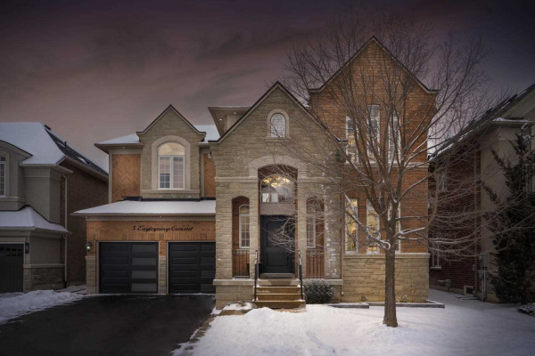 5 Eaglesprings Cres, Brampton