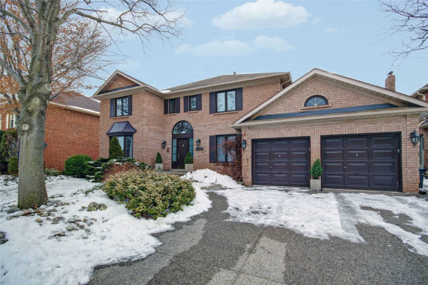 1620 Pilgrims Way, Oakville
