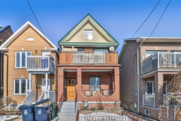 106 Lappin Ave, Toronto