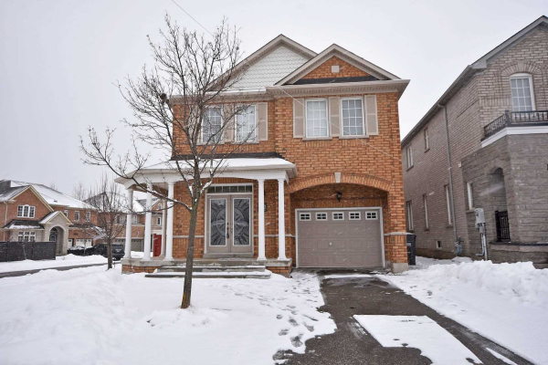 472 Mountainash Rd, Brampton
