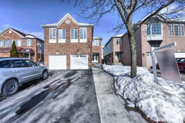 115 Bunchberry Way, Brampton