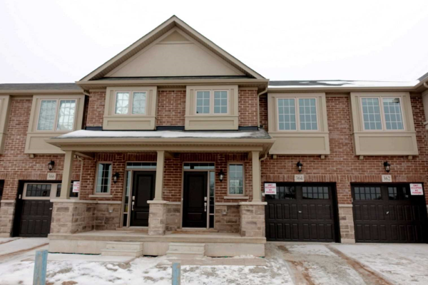 364 Threshing Mill Blvd, Oakville