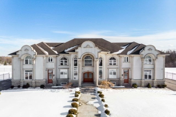 3797 Countryside Dr, Brampton