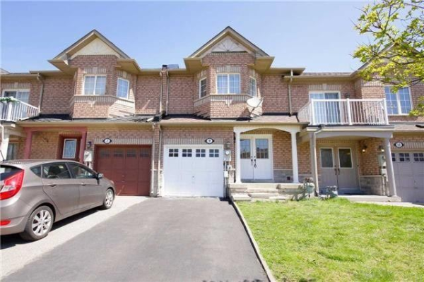 9 Checkerberry Cres, Brampton