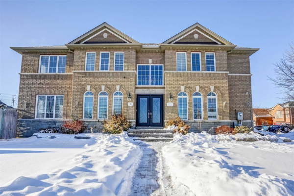22 Summer Valley Dr, Brampton
