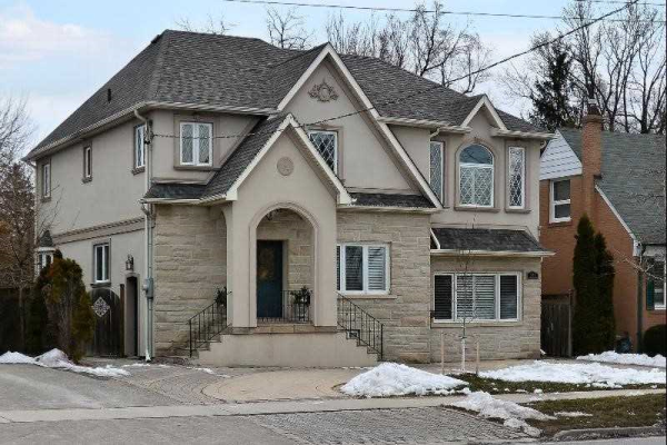 335 Burnhamthorpe Rd, Toronto