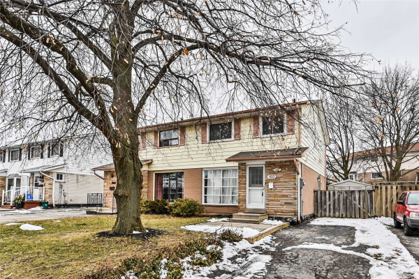 103 Mccraney St, Oakville