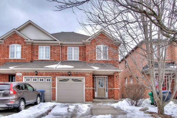 3314 Angel Pass Dr, Mississauga