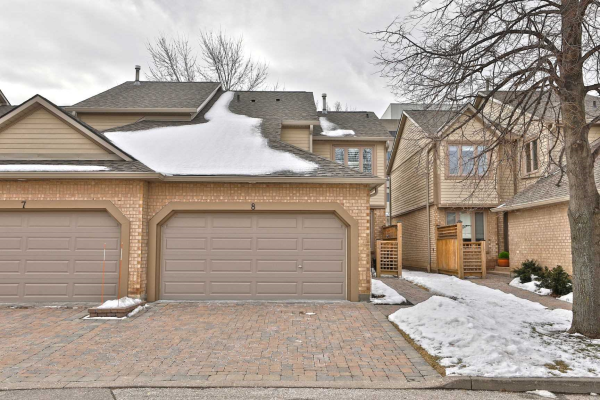 1725 The Chase, Mississauga
