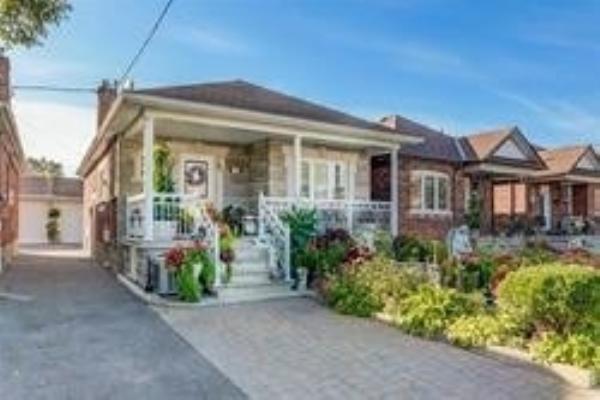 149 Lambton Ave, Toronto