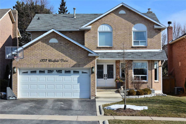 1373 Chalfield Dr, Oakville