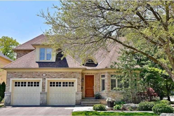 1742 The Pines Cres, Mississauga