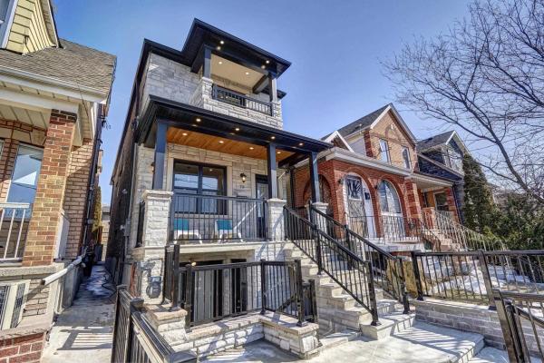 79 Gilbert Ave, Toronto