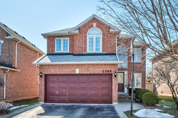 2386 Eden Valley Dr, Oakville