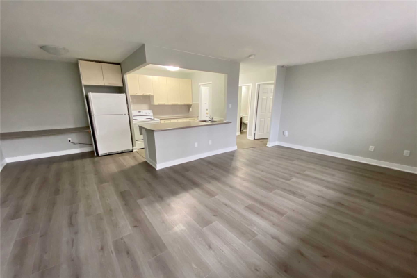 3085 Queen Frederica Dr, Mississauga