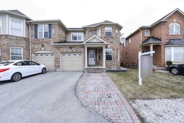 843 Thompson Rd, Milton