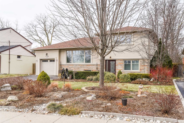2129 Bridge Rd, Oakville