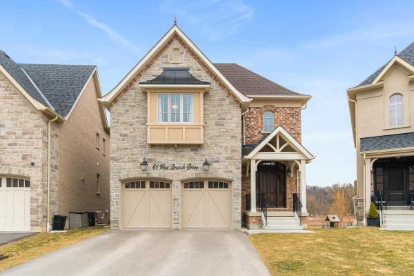 61 West Branch Dr, Halton Hills