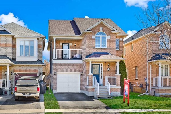 26 Redfinch Way, Brampton