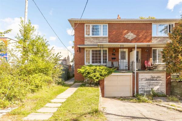 213 Close Ave, Toronto