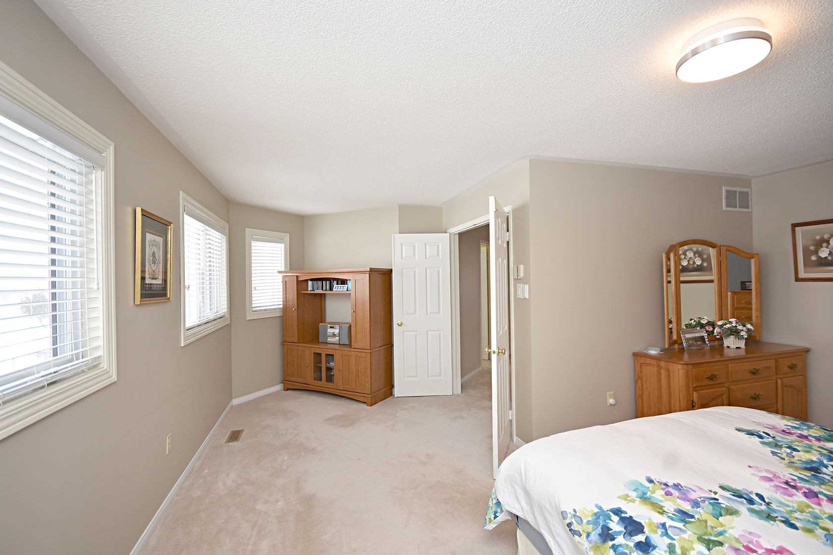 Listing W4726563 - Thumbmnail Photo # 26