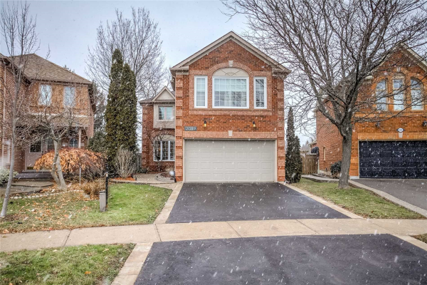 2089 Oak Bliss Cres, Oakville