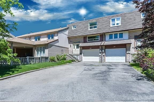 18 Amberwood Sq, Brampton