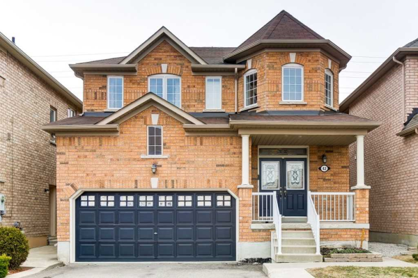 42 Spotted Owl Cres, Brampton