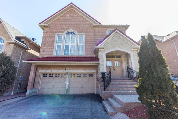 4637 James Austin Dr, Mississauga