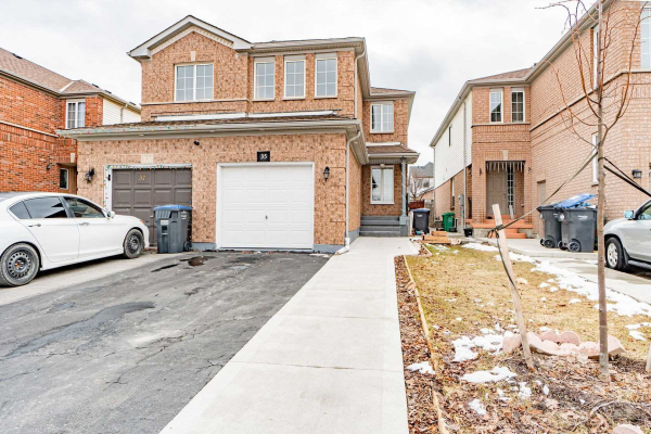 35 Feathertop Lane, Brampton