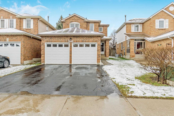 3289 Wilmar Cres, Mississauga