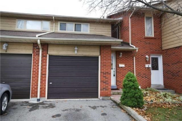 2 Foster Cres