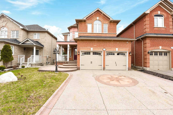 17 Maple Beach Cres, Brampton