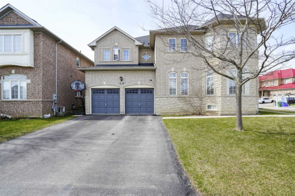 29 Springwood Heights Cres, Brampton