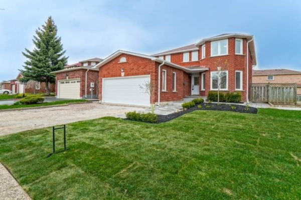 91 Major William Sharpe Dr, Brampton