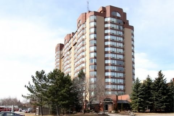 25 Fairview Rd, Mississauga