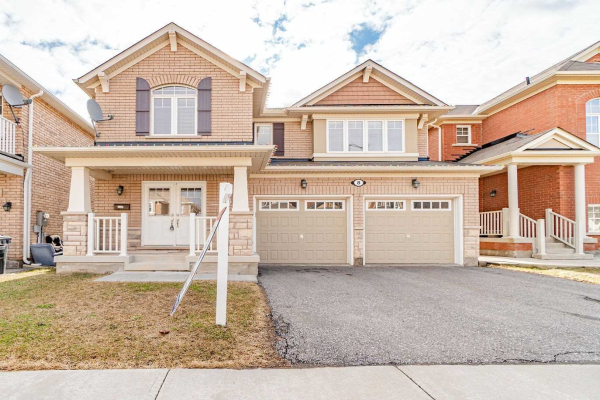 8 Locomotive Cres, Brampton