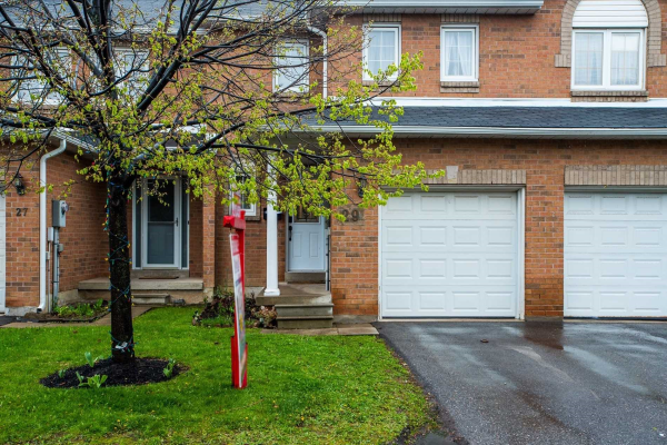 29 Chipstead Ave, Brampton
