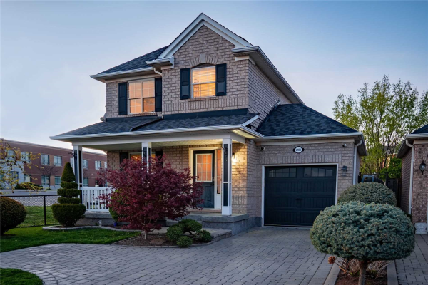2109 Grand Oak Tr, Oakville