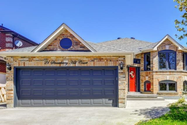 21 Strawberry Hill Crt, Caledon
