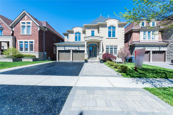 15 Interlacken Dr, Brampton