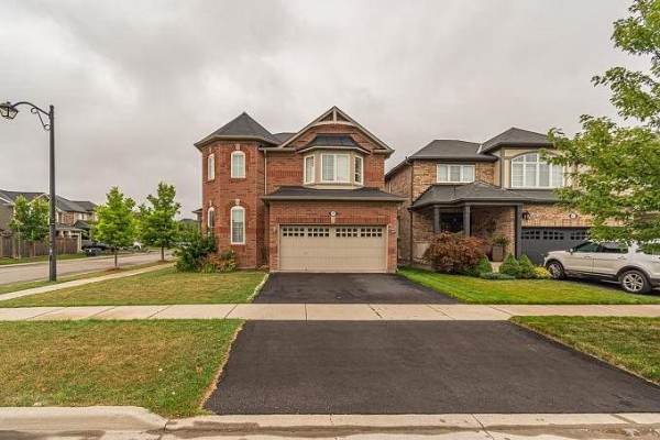 861 Minchin Way, Milton