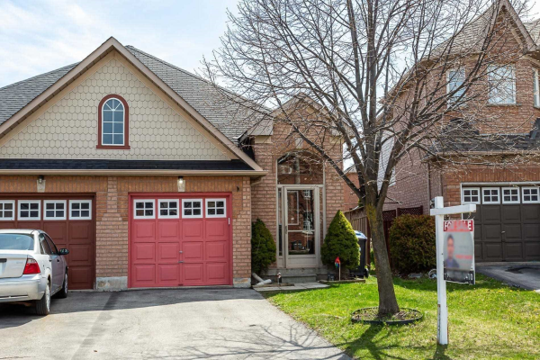 42 Twin Pines Cres, Brampton