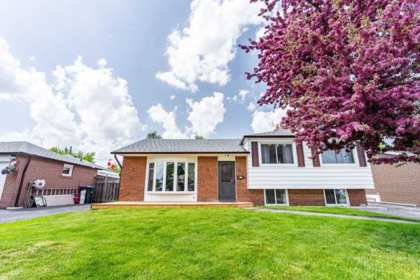 84 Addington Cres, Brampton