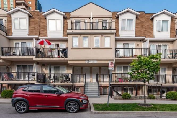 3045 Finch Ave W, Toronto