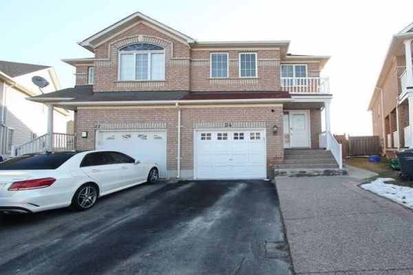 24 Weather Vane Lane, Brampton