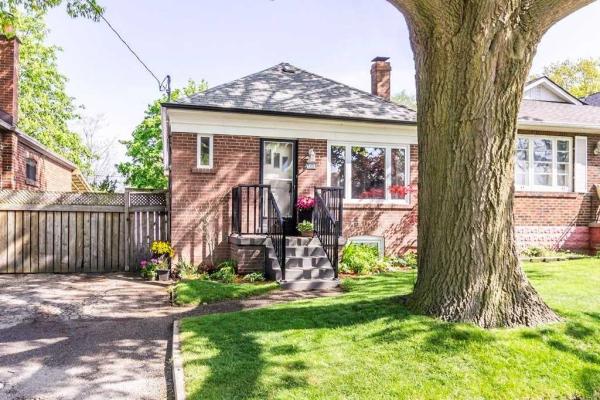468 Rimilton Ave, Toronto