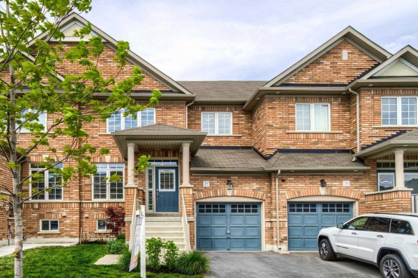 27 Yellow Sorrel Rd, Brampton