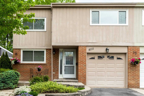 4111 Barbican Dr, Mississauga